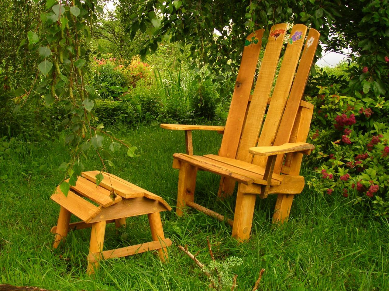 Hyl recycl cr ations en bois de palettes for Fabrication chaise en bois de palette